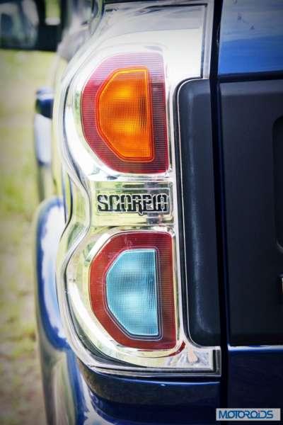 New 2014 Mahindra Scorpio tail lamp (3)