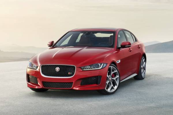 New 2016 Jaguar XE officially revealed Images and details (33)