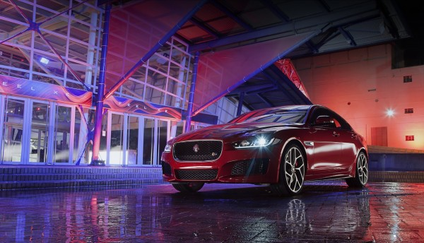 New 2016 Jaguar XE officially revealed Images and details (49)