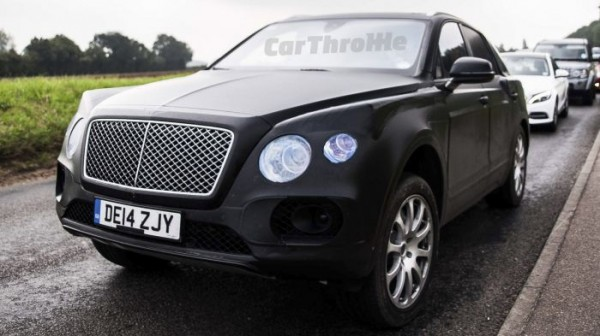 New Bentley SUV spotted (1)