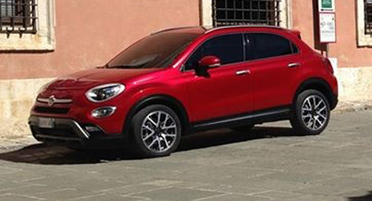 new fiat 500x small crossover leaked motoroids. Black Bedroom Furniture Sets. Home Design Ideas