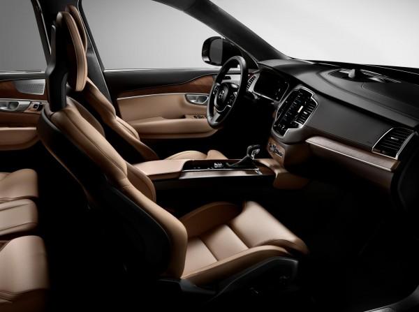 New-Volvo-XC90-Image-3-Interior
