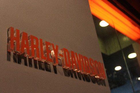 Seven Islands Harley-Davidson Bandra (1)