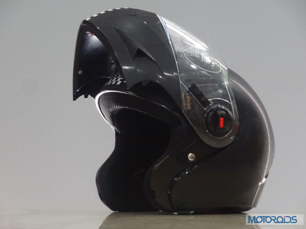 abd2d987 Steelbird launches Oscar flip-up helmet for Rs 1,179 | Motoroids