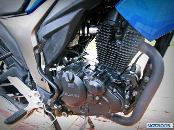 Suzuki-Gixxer-155-Review-Engine-1