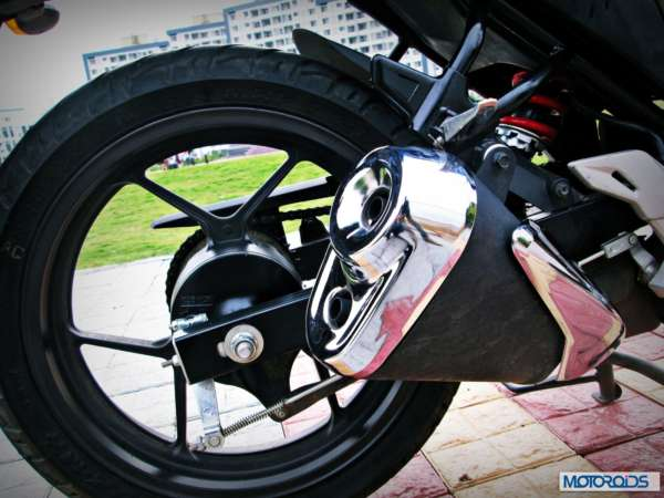 Suzuki-Gixxer-155-Review-Exhaust