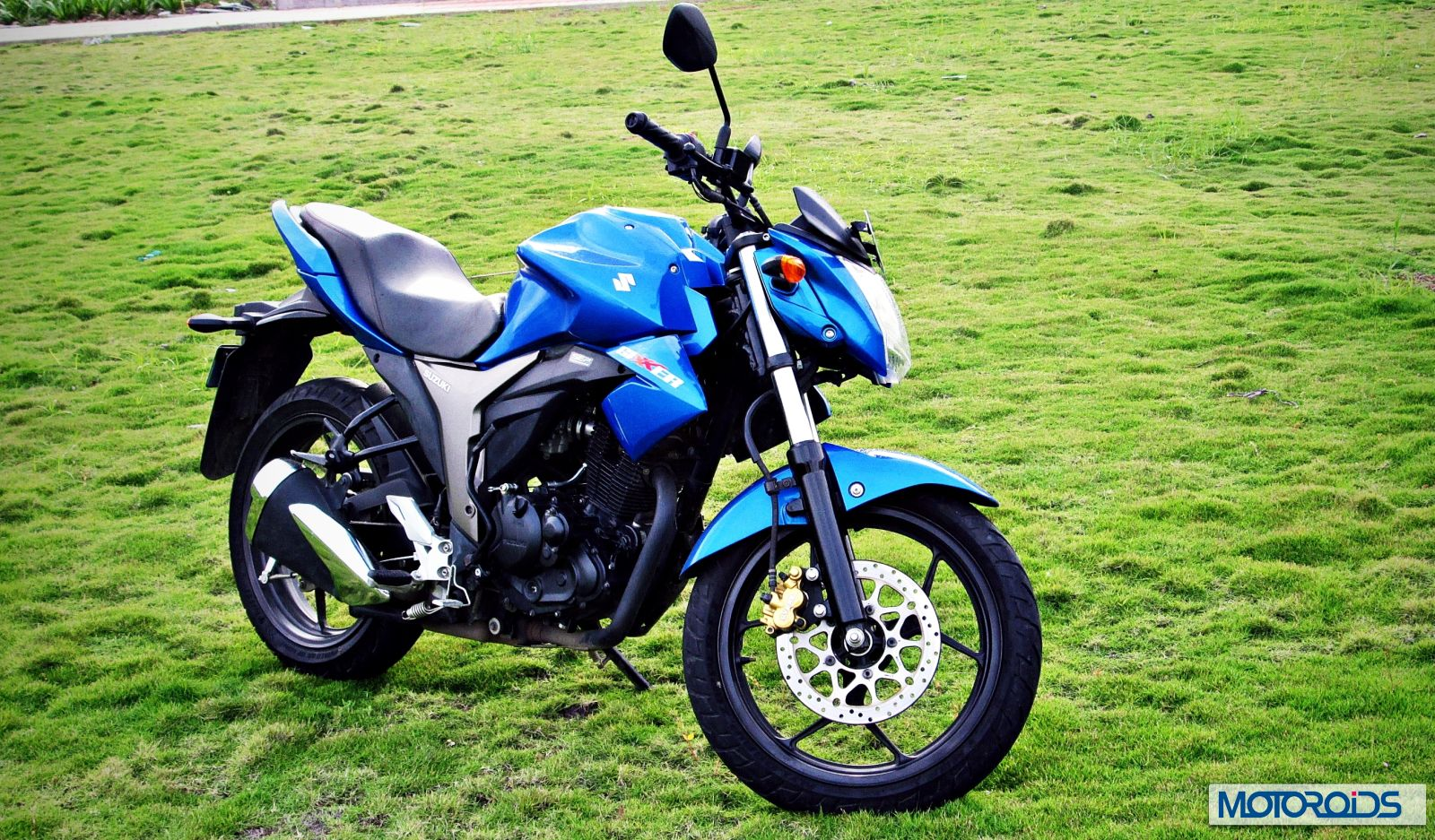Over 10 000 Units Of Suzuki Gixxer Sold In October 2015 Overall Sales Rise By 15 Motoroids