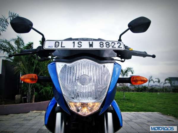 Suzuki-Gixxer-155-Review-Image-Headlight-Numberplate-2