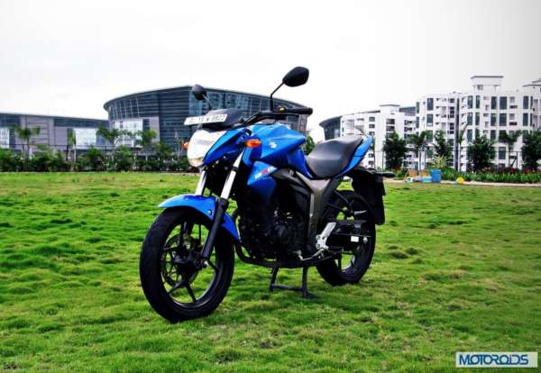 Suzuki-Gixxer-155-Review-Image-Left-Front-Three-Quarter-1