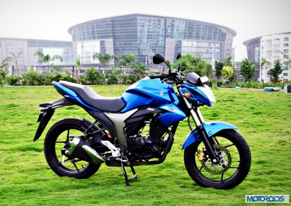 Suzuki-Gixxer-155-Review-Image-Right-Side-View-1
