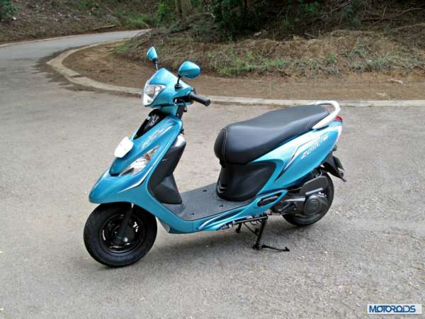 TVS Scooty Zest 110 Review (22)