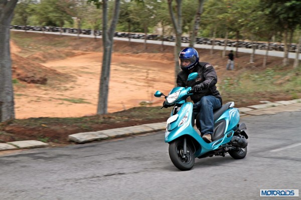 TVS Scooty Zest 110 Review (57)