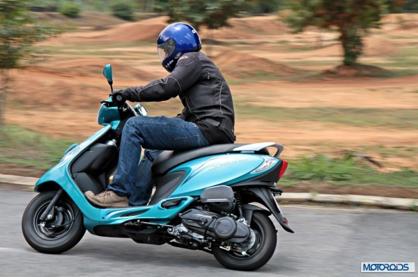 TVS Scooty Zest 110 Review (61)