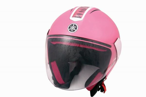 Yamaha Encourages Helmet Use by Pillion Riders; Launches Customised Helmets for Women and Children (4)