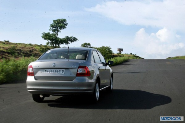 new 2014 skoda Rapid action silver (11)