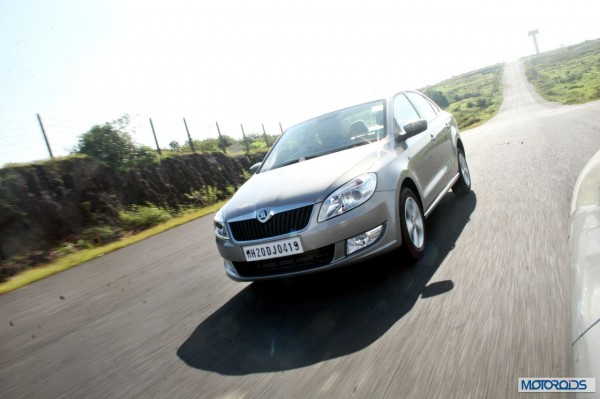 new 2014 skoda Rapid action silver (6)