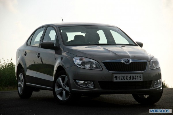 new 2014 skoda rapid facelift front (4)