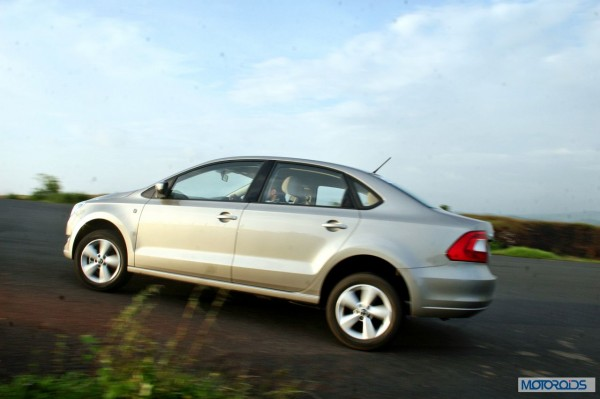 new 2014 skoda rapid india side (9)