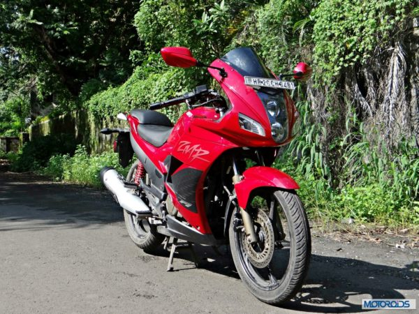 2014-Hero-MotoCorp-Karizma-ZMR-Review-Front-Three-Quarter-View