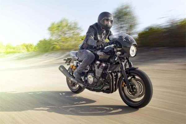 2015 Yamaha XJR 1300 Racer (14)