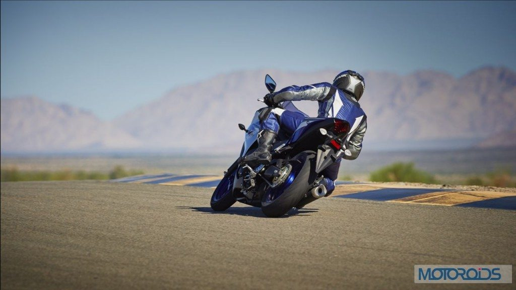 2015-Yamaha-YZF-R3-Official-Details (11)