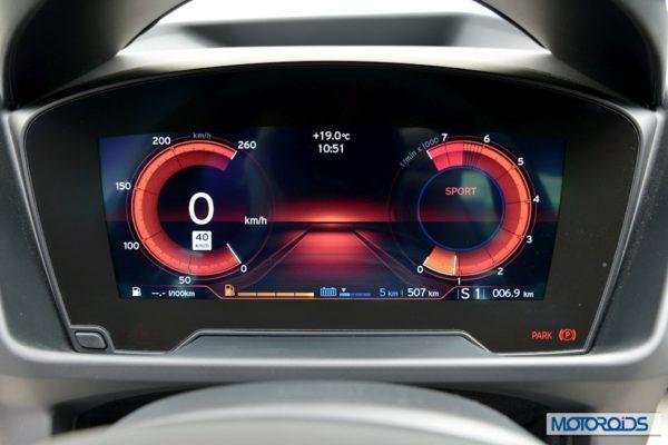 BMW i8 interior (5)