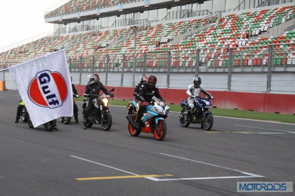Gulf-Oil-Ride-With-Dhoni (9)