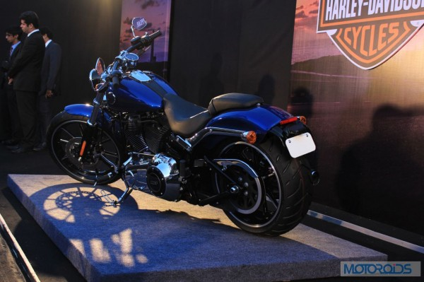 Harley-Davidson-Breakout-Launch-Images (23)
