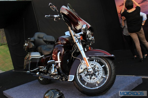 Harley-Davidson-CVO Limited-Launch-Images (2)