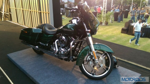 Harley-Davidson-SuperGlideSpecial-Motorcycle-Launch (1)