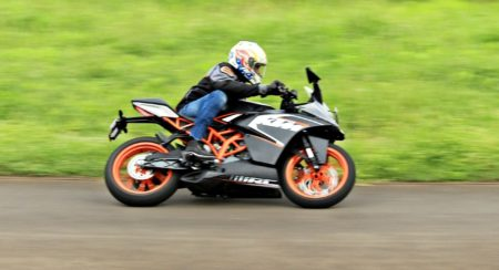 KTM RC 200 Track Review: Diffident Dynamo
