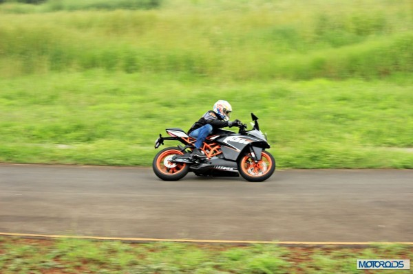 KTM RC 200 Track review (21)