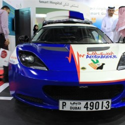 It happens only in Dubai: A Lotus Evora for Ambulance