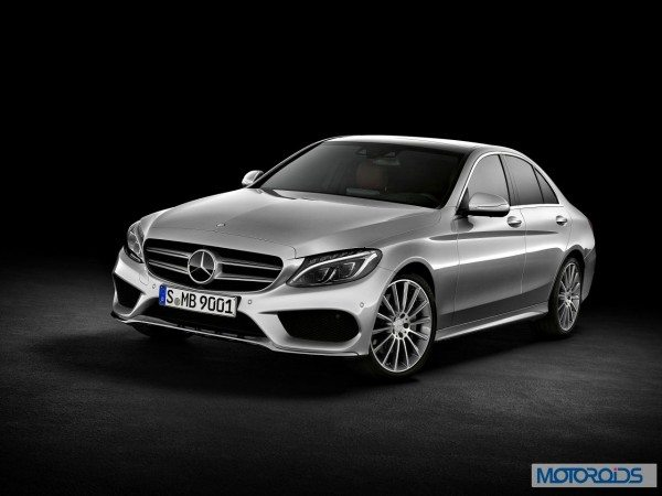 New-2015-Mercedes-C-Class-exterior-14.jpg.pagespeed.ce.Hs_ANAPGMc