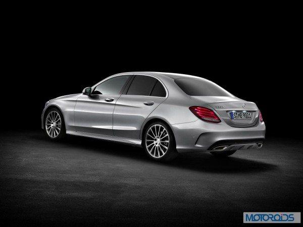 New-2015-Mercedes-C-Class-exterior-16