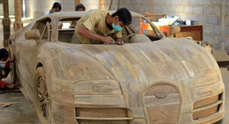 Wooden Bugatti Veyron chariot