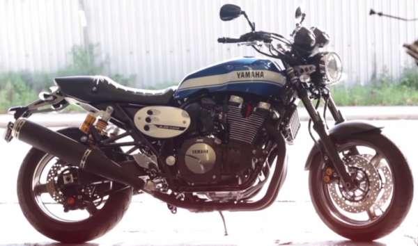 Yamaha-XJR1300-1