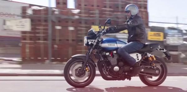 Yamaha-XJR1300-3