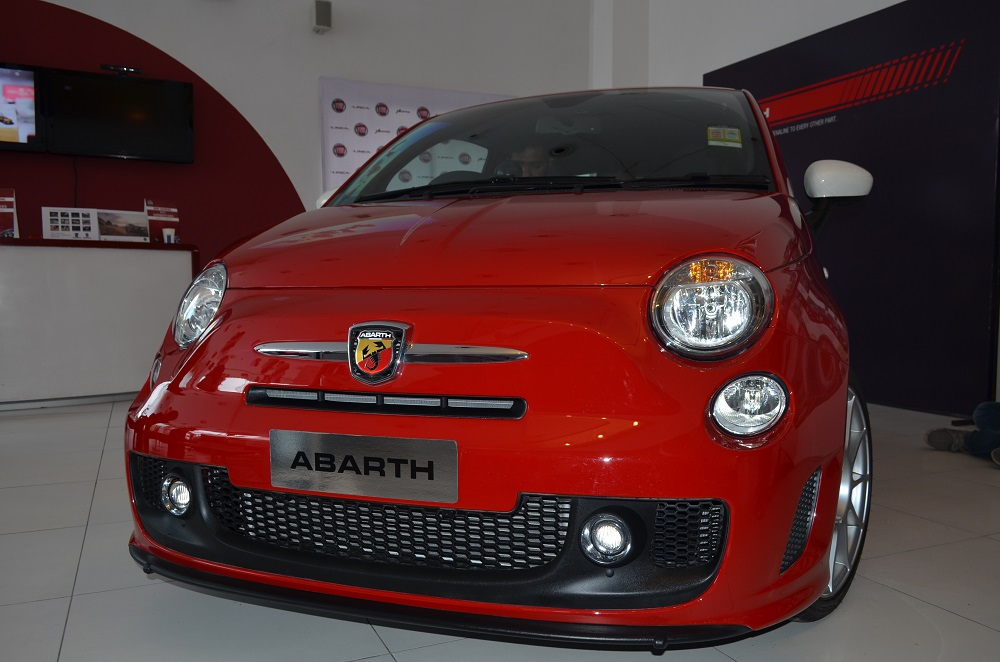 Fiat 500 Abarth India Launch To Happen Next Month Motoroids