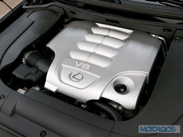 lexus-lx-570-engine-2