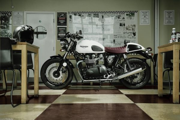 2015 Triumph Thruxton Ace Special Edition unveiled