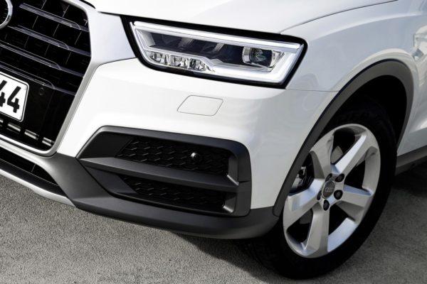 2015 Audi Q3 face-lift (26)