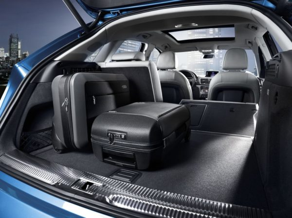 2015 Audi Q3 face-lift (29)