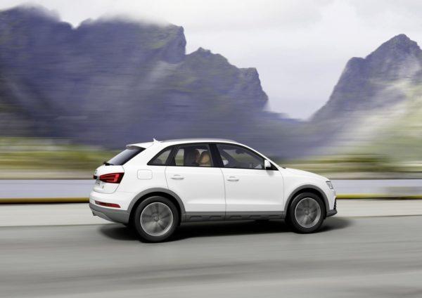 2015 Audi Q3 face-lift (36)