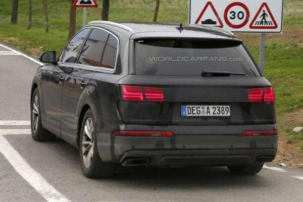 2015 Audi Q7 (6)