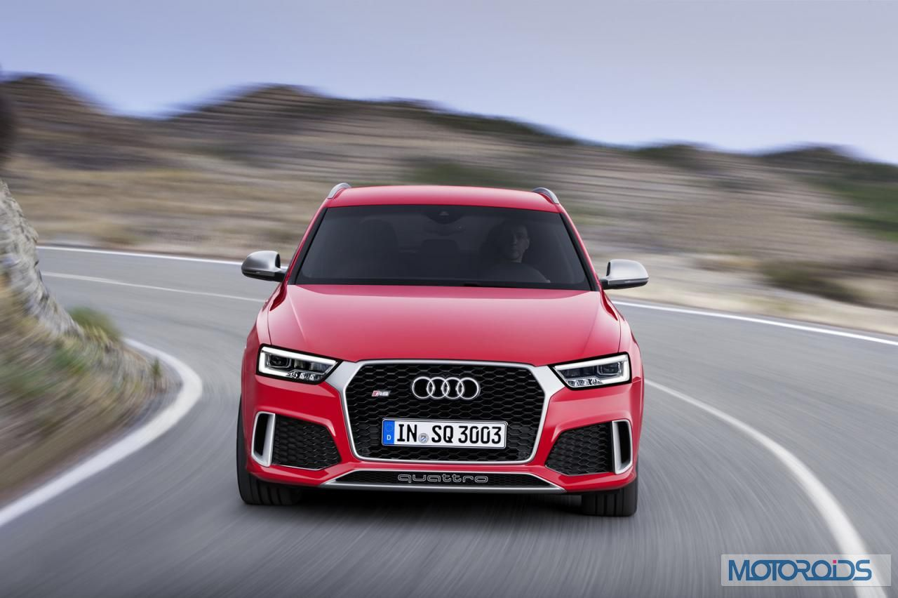 new 2015 audi q3 and rs q3 facelift revealed motoroids. Black Bedroom Furniture Sets. Home Design Ideas