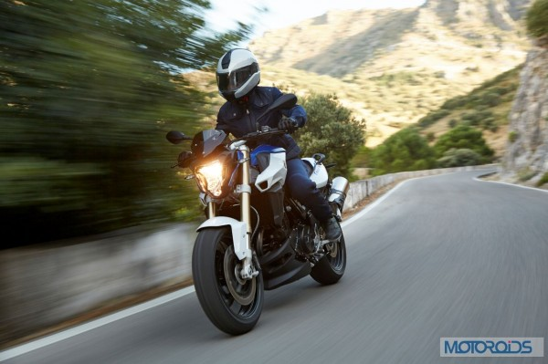 2015-BMW-F800R-Official-Images-24