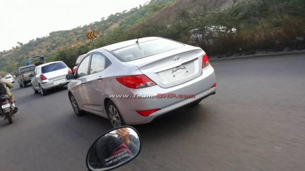 2015-Hyundai-Verna-Undisguised-1