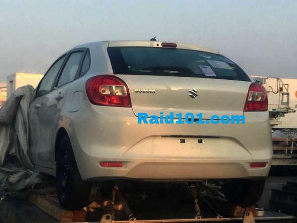 2015 Maruti YRA premium hatch-back (1)
