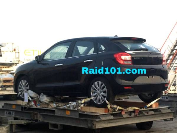 2015 Maruti YRA premium hatch-back (5)